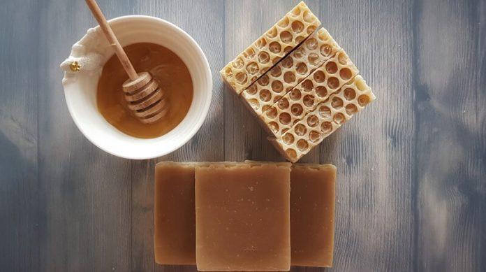 сапун од мед