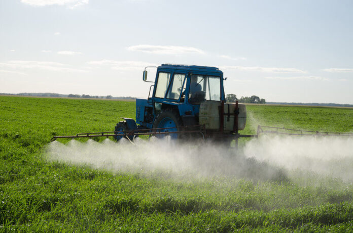 Нелегални пестициди